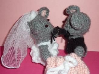 bride & groom mice (1)